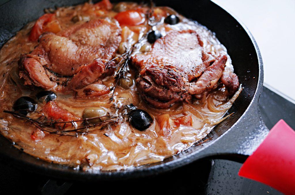 原汁原味法國傳統家庭料理|鑄鐵鍋橄欖燉鴨