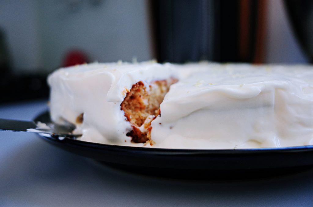 廚房裡最耀眼的全能五星主廚(下)|【伊萊克斯】EKM3407R攪拌機(胡蘿蔔蛋糕)