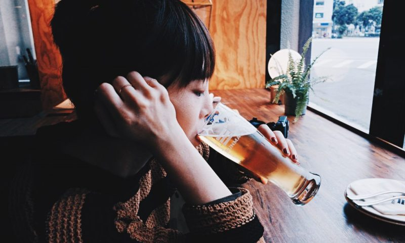 SUNMAI BAR 金色三麥精釀啤酒吧,車水馬龍裡的深夜食堂|食堂裡的魅力,只有推開了門才知道