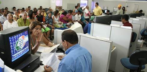 Resultado de imagem para Governo quer dar 6 meses para estados e municípios reformarem Previdência