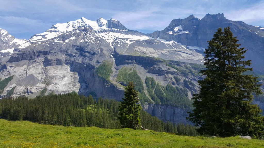 lowering of niesen to frutigen-alpes Swiss