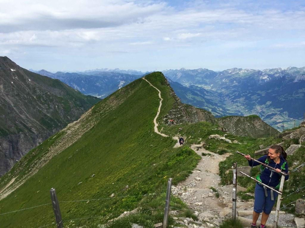 Alps Swiss-lowering of the niesen to frutigen