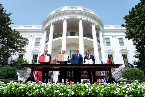 President Donald J. Trump, Minister of Foreign Affairs of Bahrain Dr. Abdullatif bin Rashid Al-Zayani, Israeli Prime Minister Benjamin Netanyahu and Minister of Foreign Affairs for the United Arab Emirates Abdullah bin Zayed Al Nahyanisigns sign the Abraham Accords Tuesday, Sept. 15, 2020, on the South Lawn of the White House.