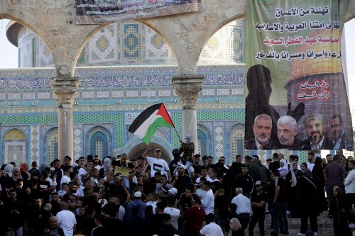 Hamas banner on the Temple Mount