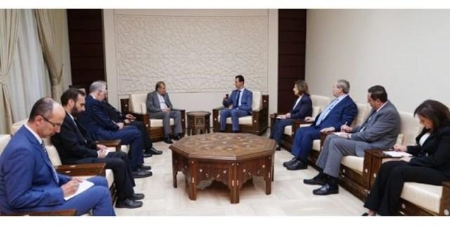 """(אסד בפגישה עם משלחת איראנית בכירה-יעמוד לצידה של איראן , התמונה: אירנ""""א)"""