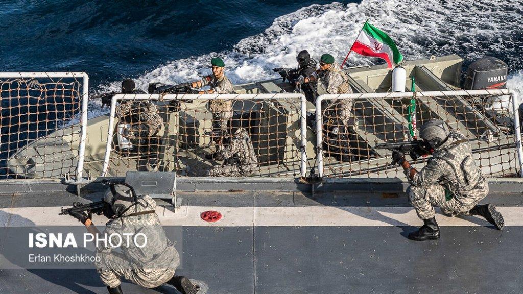 """מפקד חיל הים האיראני: ארה""""ב בראש סולם העדיפויות שלנו"""