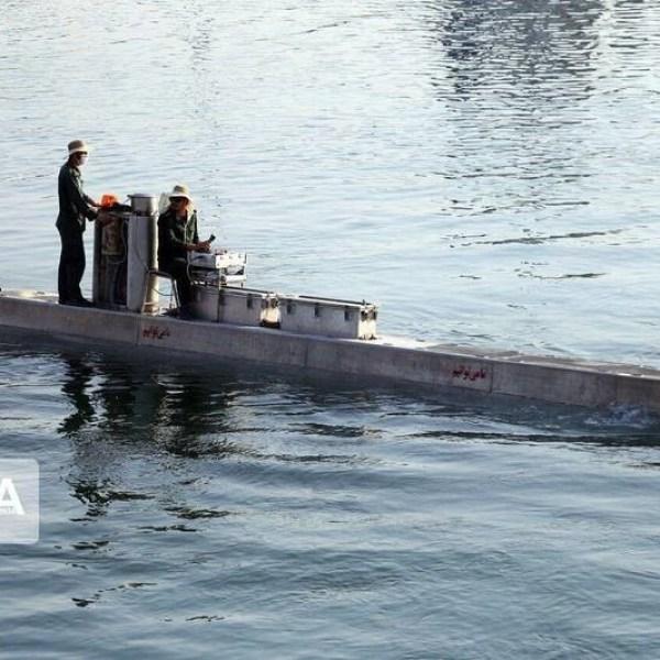 תוספת חשובה ללוחמה הימית הא-סימטרית- דיווח כי בידי איראן צוללת לא מאויישת