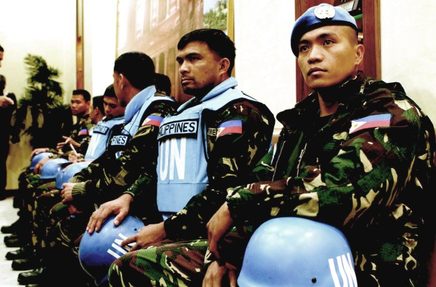 UN peacekeeping forces from the Philippines after their abduction and release by Syrian rebels. The troops belonged to the UN Disengagement Force (UNDOF)that was stationed on the Syrian side of the Golan Heights.