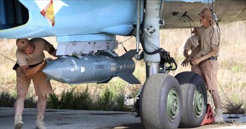 Russian air force men