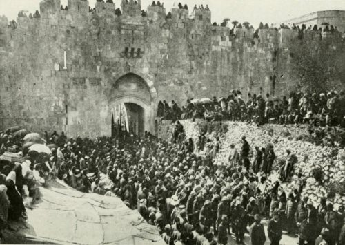 Turkish troops leaving Jerusalem, headed to Gallipoli