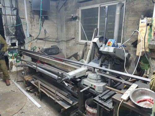 Weapons workshop discovered in Abu Dis
