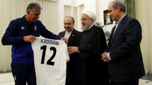 Carlos Queiroz presented  President Rouhani with an undershirt with the number 12 on the back.