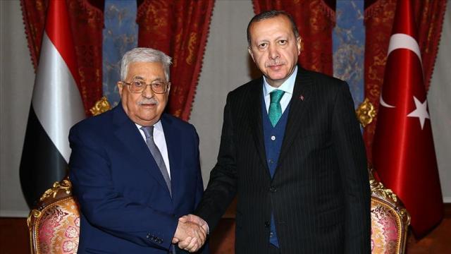 Erdoğan hosting the PA's Mahmoud Abbas