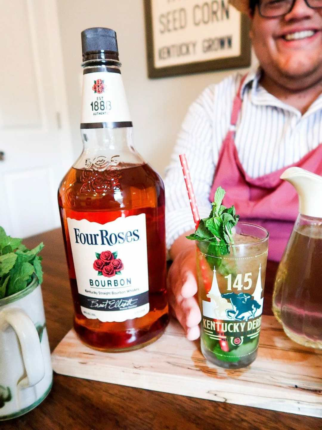 Homemade Mint Juleps With Four Roses Bourbon - JCP Eats