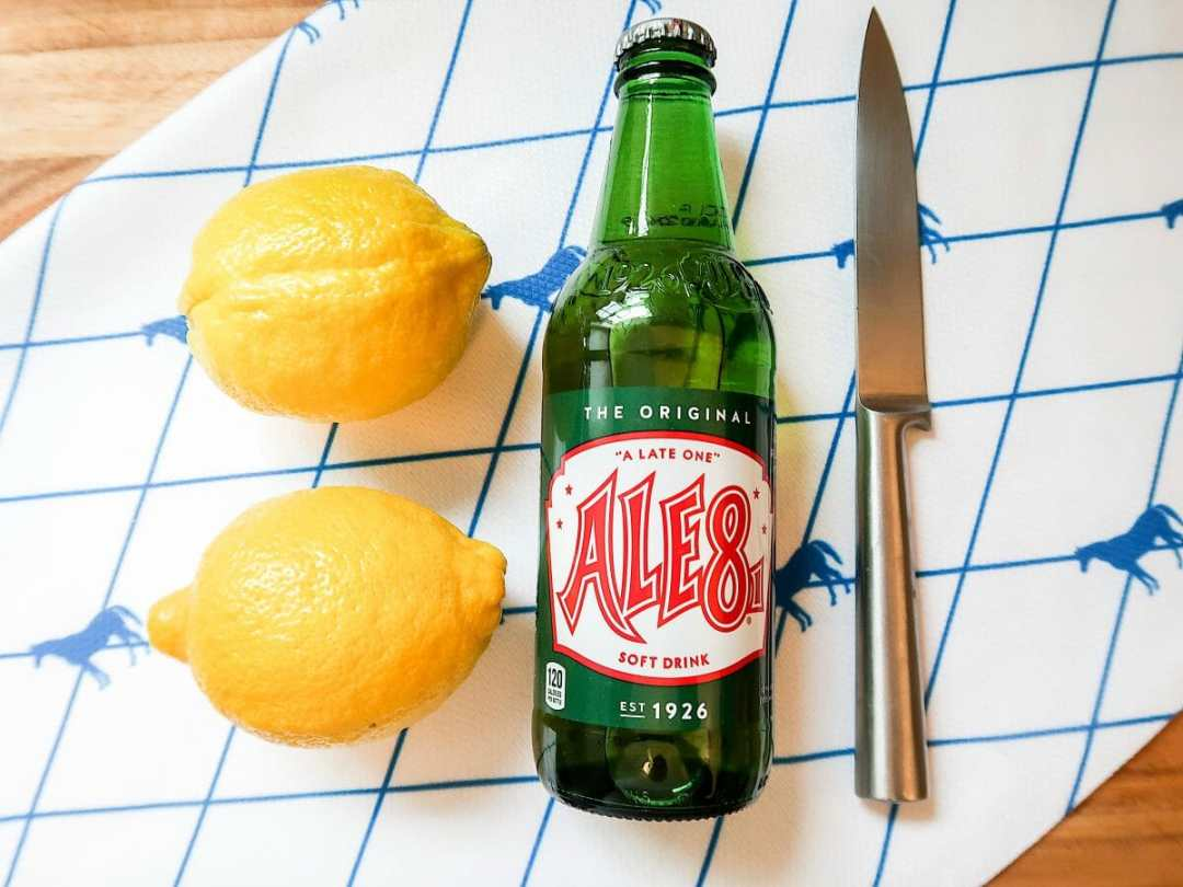 Lemon Ale-8-One Kentucky Derby Cake by JC Phelps (JCP Eats)