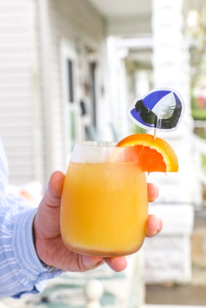 The Louisville Cooler: Kentucky Derby Party Cocktails