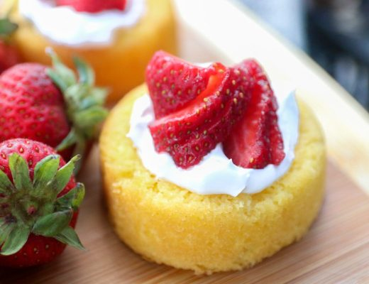 How To Construct Strawberry Shortcakes