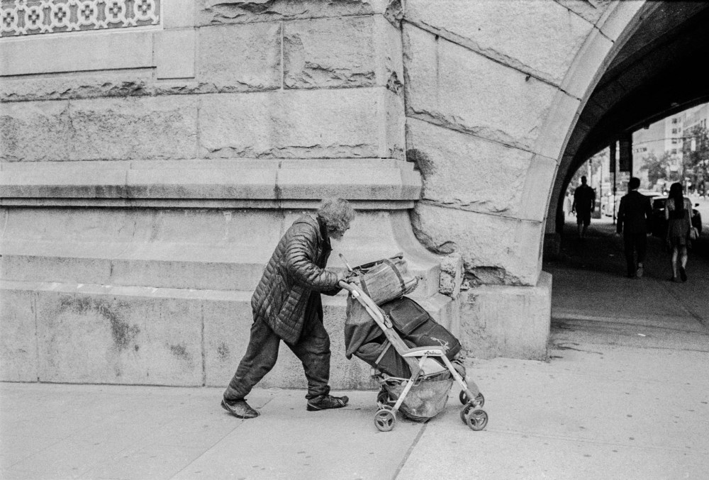 Back to the Streets: Leica M6 (5/6)