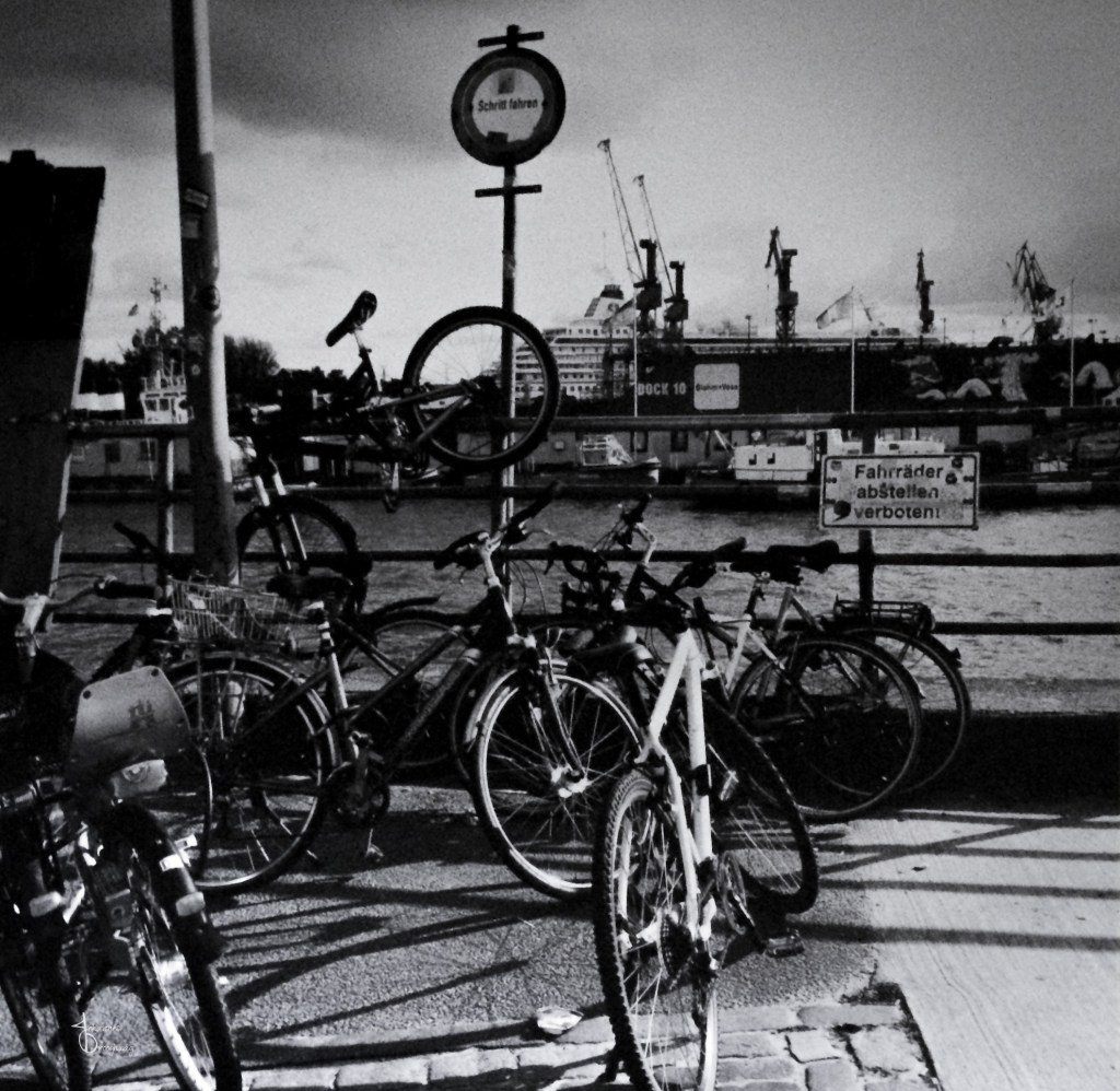 Faces of Hamburg – bicycle rebels