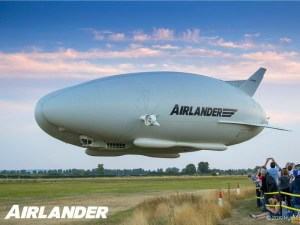 airlander 10 in flight