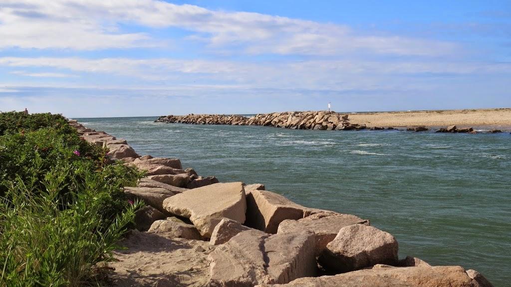 Rhode Islands Charlestown Breachway Is A Beautiful Beach