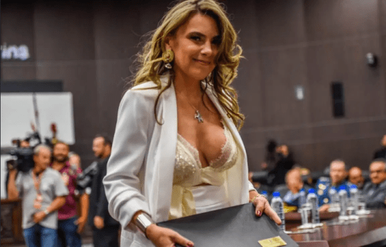 Screenshot_2019-09-08 Image Busty Brazilian MP, 43, bombarded with vile rape threats for