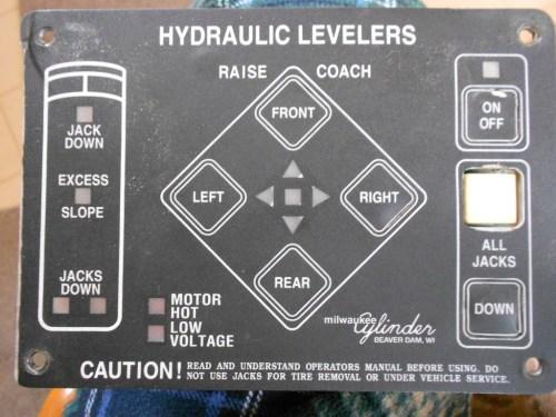 small resolution of powergear hydraulic leveler leveling jack rv motorhome