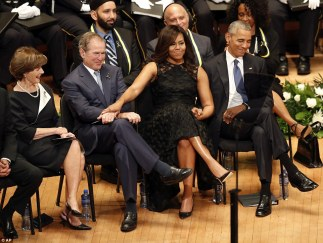 3635597500000578-3686967-unity_first_lady_michelle_obama_and_president_george_w_bush_flan-a-117_1468356739724