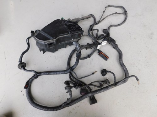 small resolution of details about porsche cayenne turbo 9pa engine bay fuse box wiring harness 7l5971072ac j095