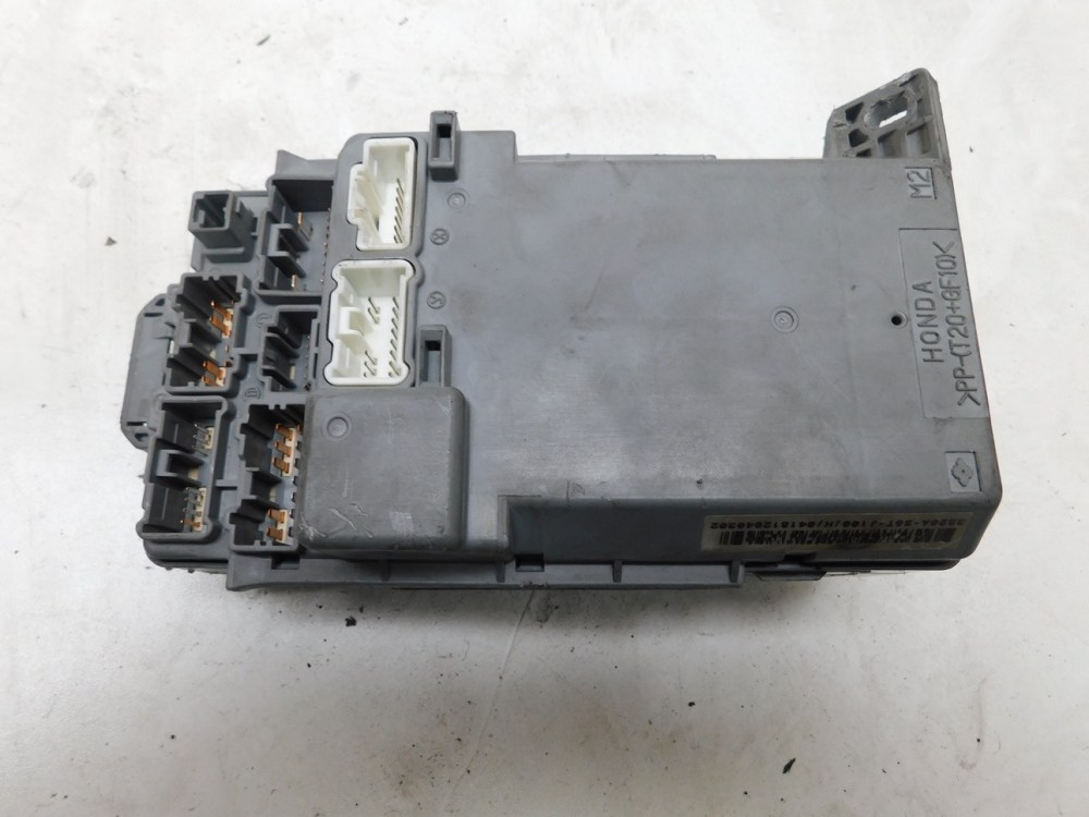 medium resolution of details about honda civic type r ep3 dash fuse relay junction box 3820a s5t j100