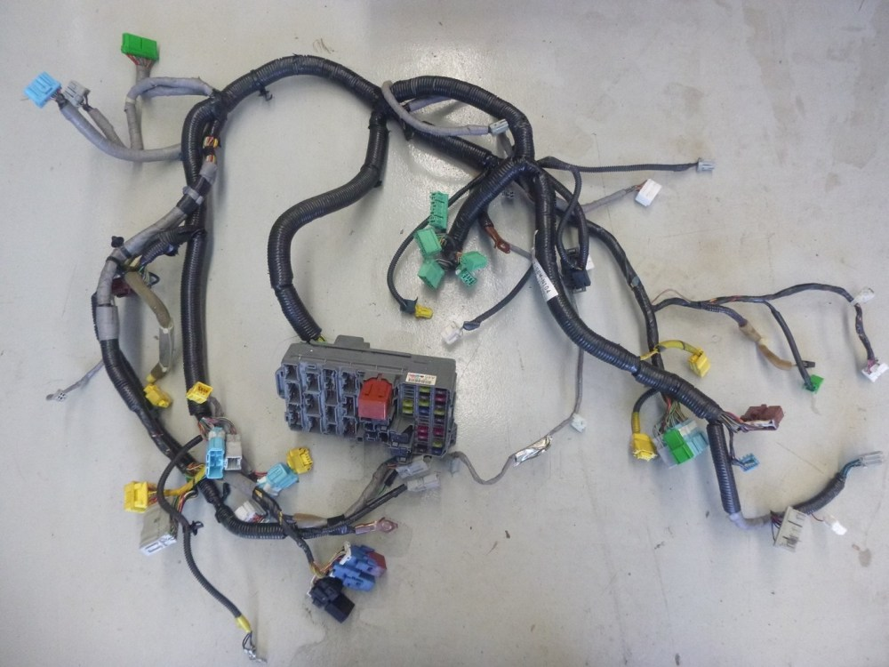 medium resolution of details about honda integra dc5 type r dash wiring loom harness junction box jdm
