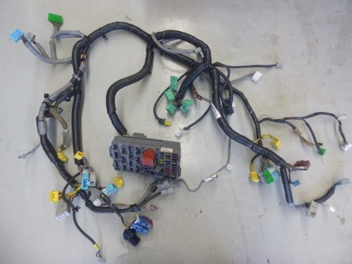 small resolution of details about honda integra dc5 type r dash wiring loom harness junction box jdm