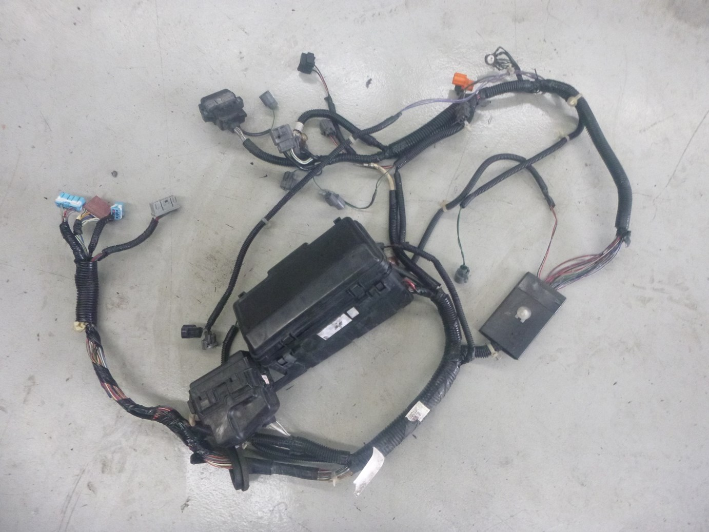 hight resolution of honda s2000 ap1 front lhs engine bay wiring loom harness 32120 s2a 0004