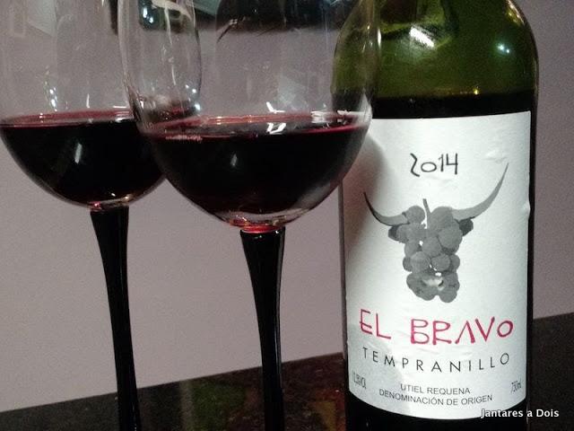 Vinho Tinto Espanhol El Bravo 2014