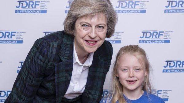 JDRF Westminster Palace reception.  Theresa May and Elouisa Baker.  Copyright John Nguyen/JNVisuals 25/04//2016