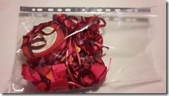 Pochette transparente pour les rubans de même couleur
