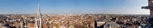 visite de la Tour de bar en famille ou entre amis. un panorama sur Dijon