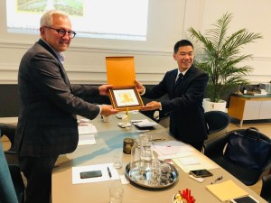 Jean-Louis Lefebvre delegation chinoise Herstal 4 octobre 2019 _01