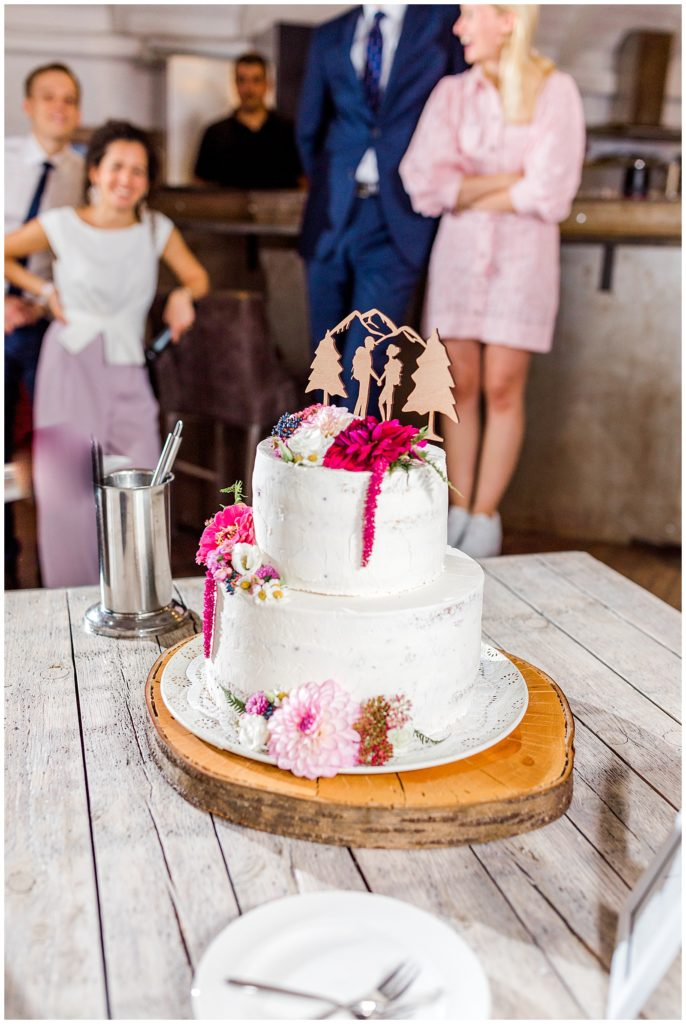 bryllupskage til rustikt bryllup