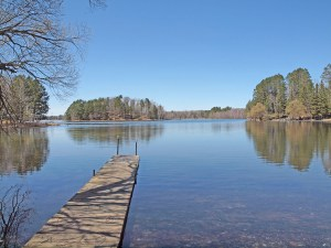 4 BR Upper Eau Claire Lake home