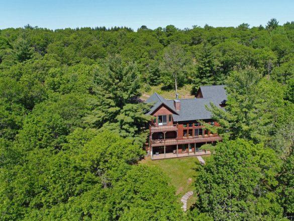 Kimball Lake log home