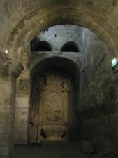 Autel crypte Saint Victor