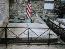 Cimetière Picpus, tombe de Lafayette