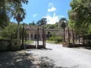 Allée principale d'accès à la villa