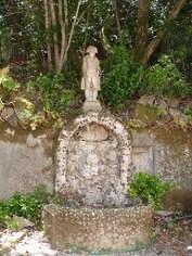 Fontaine avec la statue de Napoléon