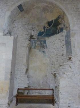 Fresques dans le baptistère