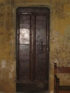 Porte donnant accès au clocher