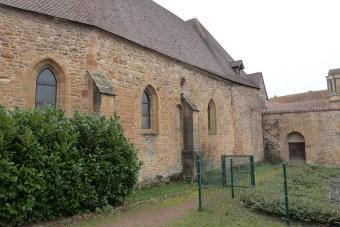 Abbaye de Charlieu- façades et contreforts