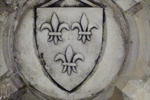 La salle du Viguier-clef de voûte aux armes royales