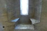 La salle du Viguier-fenêtre à coussiège